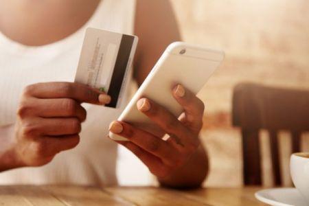 Le Kenya, l'Ouganda et le Zimbabwe sont les champions africains du Mobile Banking, selon une étude du groupe EFG Hermes
