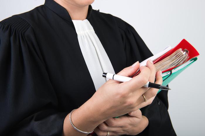 Quelques aspects juridiques  choisis lors de la succession d'une entreprise