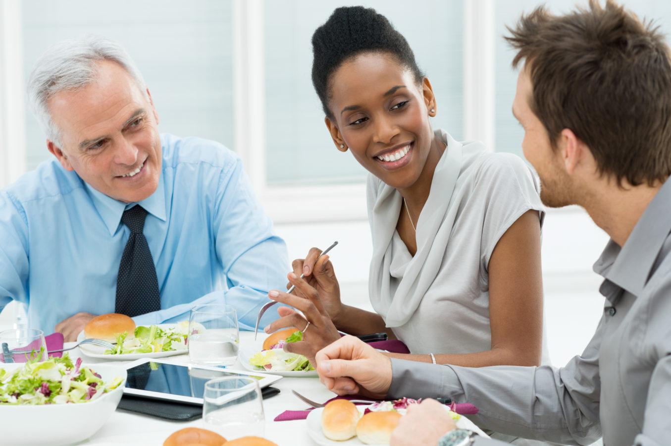 Comment gérer un déjeuner d'affaire?