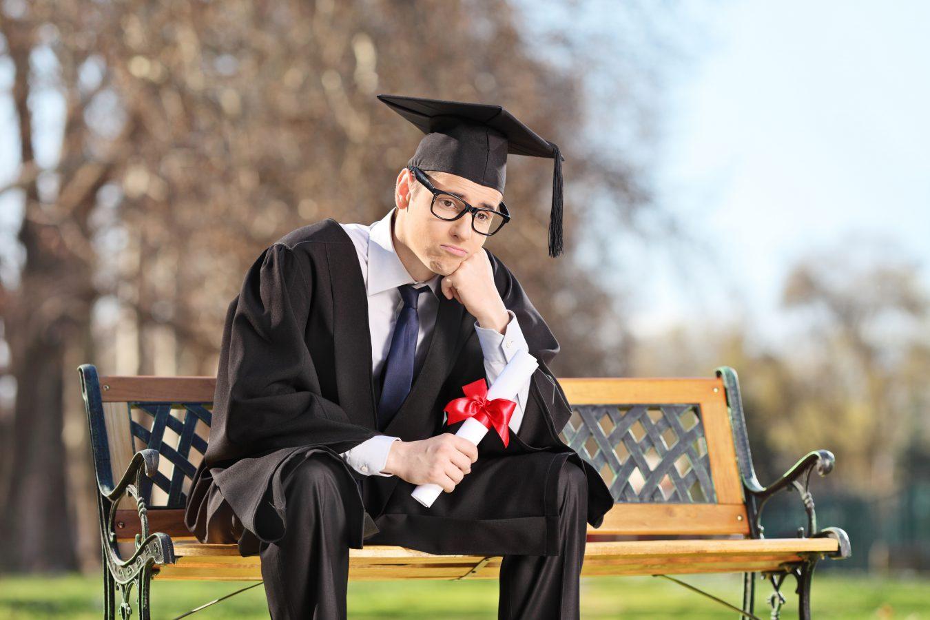 Pourquoi un nombre aussi élevé de jeunes diplômés au chômage ?