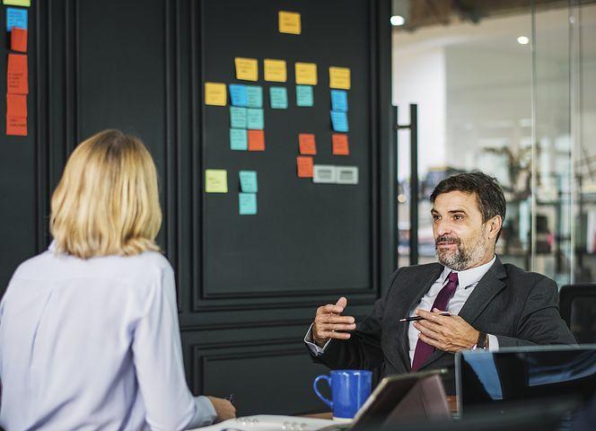 5 astuces pour parler plus fort