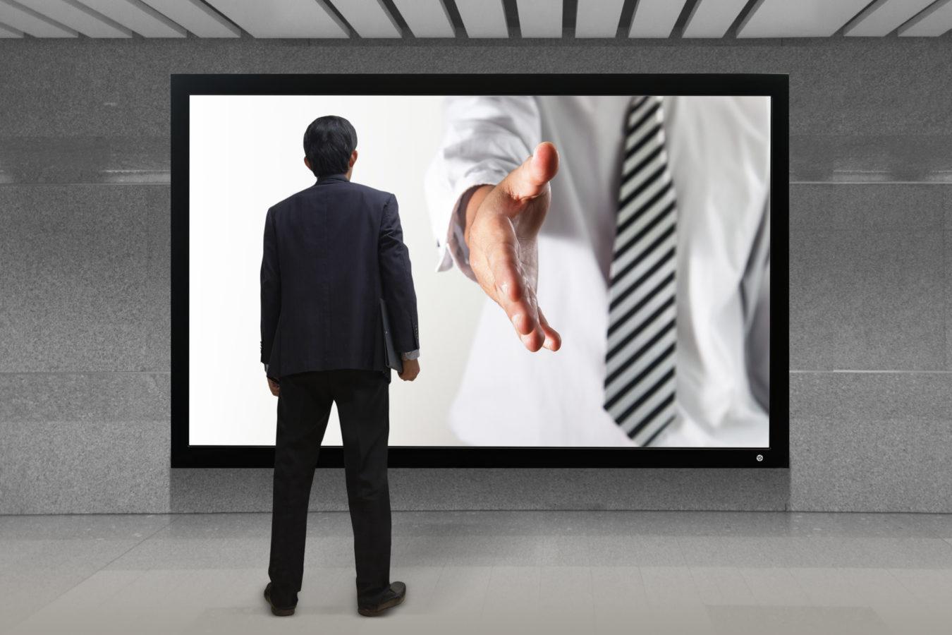 Internet, espace de rencontre entre annonceurs et clientèle potentielle