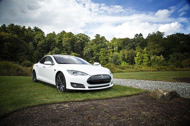 Tesla fait face à une concurrence sérieuse venant de Chine