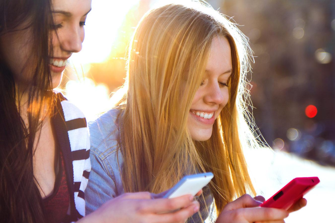 Comment les smartphones sont devenus indispensables dans notre quotidien. Par Valérie Demont