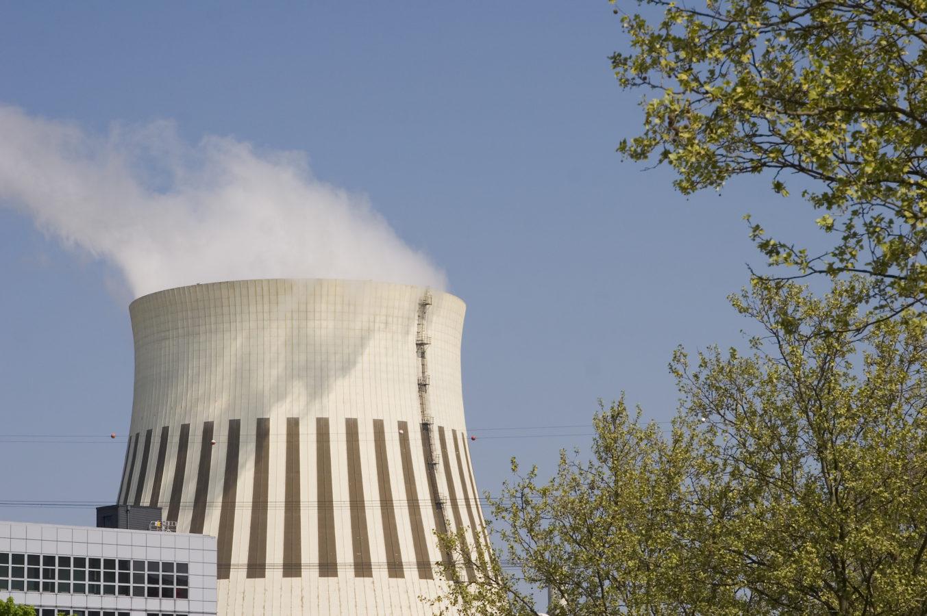 19% de la population jugent les centrales nucléaires suisses « pas sûres ».