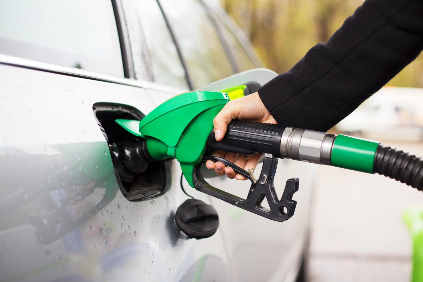 Les voitures neuves consomment en moyenne encore 6,39 litres aux 100 kilomètres