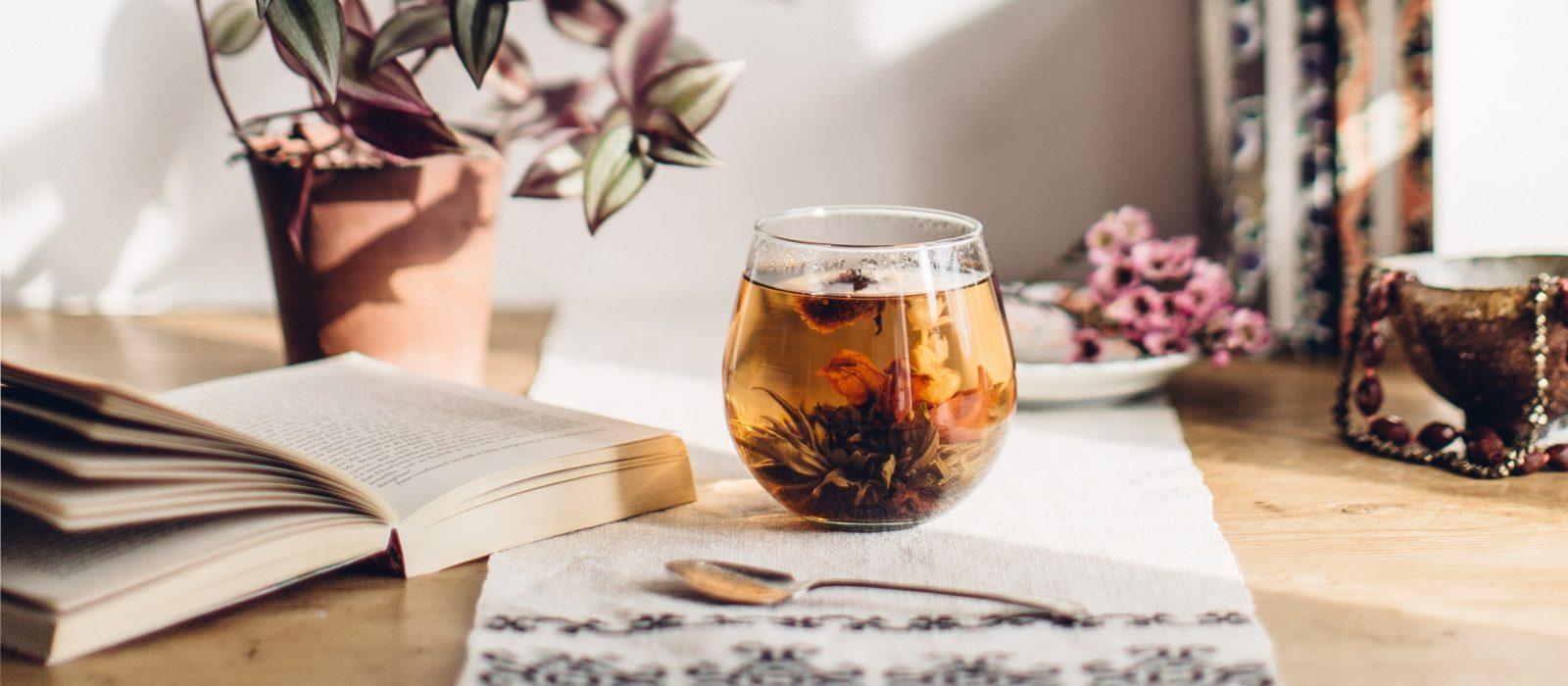 Saint-Valentin 2021 – La magie romantique des fleurs de thé NEWBY