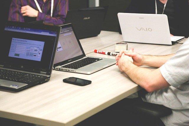 6 façons d'améliorer l'expérience des employés grâce à la technologie