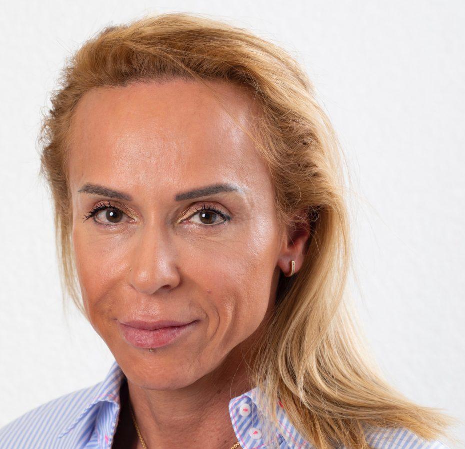 Interview Lina Hadid « Vaud, Genève et Valais ont été les plus touchés par les divorces lors du COVID-19 »»