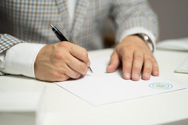 Poursuivre les négociations sur l'accord-cadre au niveau politique