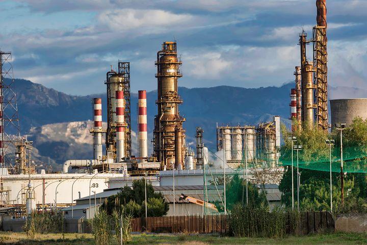 Que se passerait-il si le prix du baril de pétrole repassait à 100 dollars ?