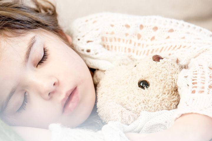 Près de 50% des Suisses souffrent de troubles du sommeil liés au stress et aux tensions