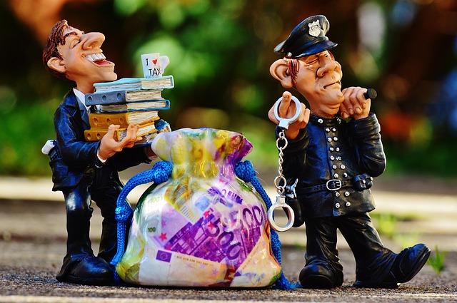 La simplification des règles et l'instauration d'un bouclier : Deux solutions pour faire face à l'évasion fiscale