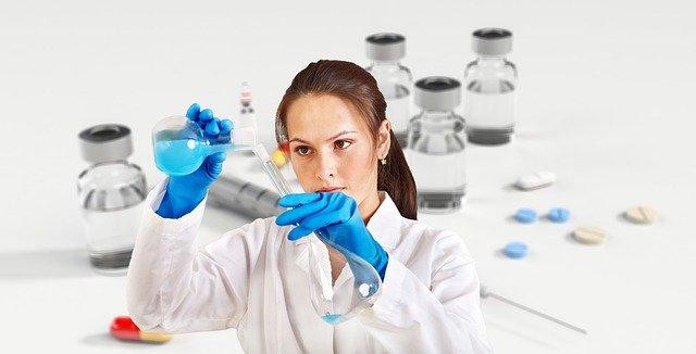 Course aux vaccins contre la COVID-19: l'Europe serait-elle aussi avare?