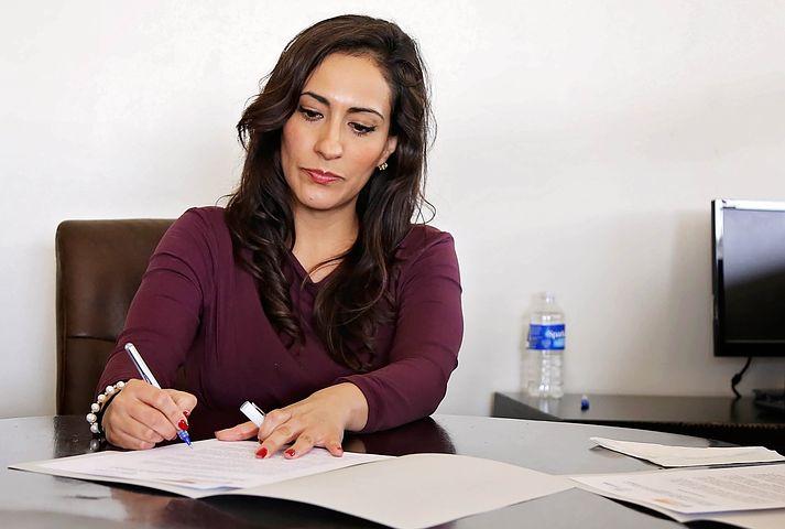 PME suisses: davantage de femmes aux postes de direction, mais des progrès lents